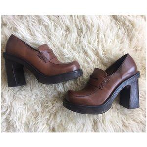 Vintage 90's Two Lips Leather Platform Chunky Heel